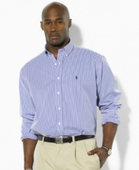 Long-sleeved sport shirt, cut for a comfortable, classic fit.