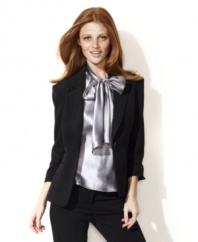 This jacket features a fantastic fit and contemporary cropped sleeves. Add a scarf for a pop of color or mix and match with coordinating pieces from Nine West's collection of suit separates.