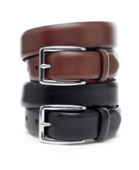 Timeless style and flawless attention to detail make this Ralph Lauren leather belt a great choice for the office.