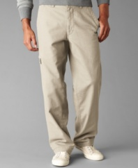 Your favorite brand for work just became your go-to for the weekend. These Dockers cargo pants are the ultimate in comfort-sized right for you.