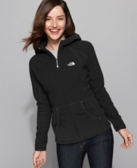 The North Face offers high-performance technology with the Masonic hoodie! The lightweight, breathable polyester fleece has UV protection to keep harmful rays at bay while keeping you warm